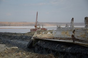 An old armored vehicle on the dry bed of Kuyalnik Estuary. Photo: Dimiter Kenarov